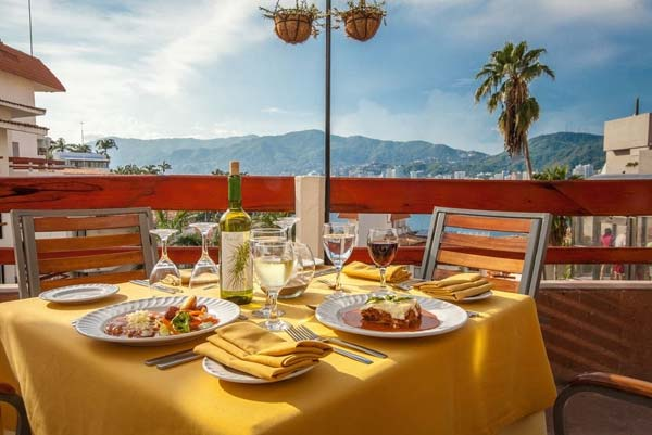 Restaurant - Park Royal Beach Acapulco All Inclusive Family Beach Resort